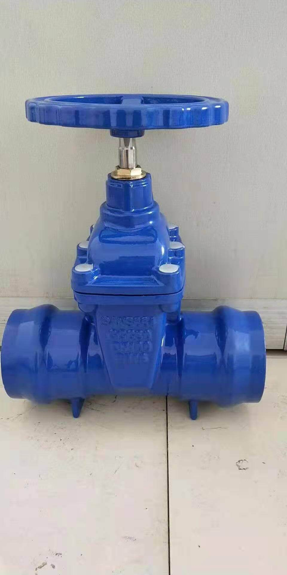 Socket ended resilient seated wedge gate valve-ductile iron (1)